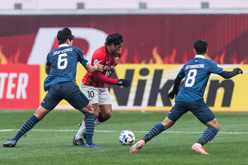 李圣龙破门阿瑙建功胡尔克点射,上港3-0武里南联-今球app官网