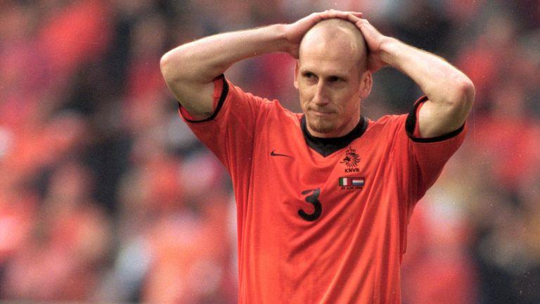 斯塔姆回忆2000年欧洲杯错失点球-今球app官网