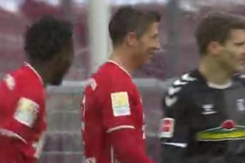 莱万建功穆勒传射格纳布里伤退 ,拜仁2-1弗莱堡-今球app官网