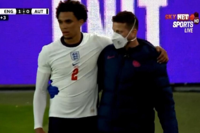 阿诺德无对抗情况下受伤,能否出战欧洲杯存在疑问-今球app官网